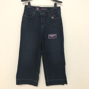 NWT Gloria Capri jeans size 8